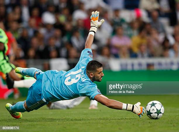 Goalkeeper Kiko Casilla of Real Madrid in action during the UEFA Champions League Group F match between Real Madrid CF and Sporting Clube de Portugal...