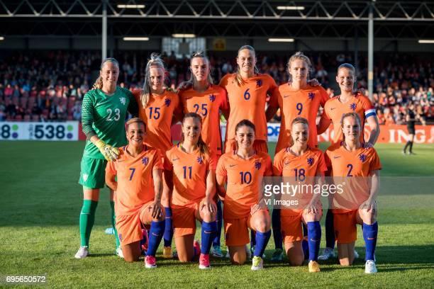 goalkeeper Loes Geurts of the Netherlands Kika van Es of the Netherlands Jill Roord of The Netherlands Anouk Dekker of the Netherlands Vivianne...