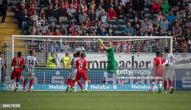 Goalkeeper Lukas Hradecky of Eintracht Frankfurt catching the ball at the Commerzbank Arena during the 1 Bundesliga match between Eintracht Frankfurt...