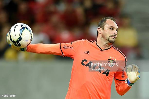 Goalkeeper Magrao of Sport Recife in action during a match between Sport Recife and Cruzeiro as part of Brasileirao Series A 2014 at Arena Pernanbuco...