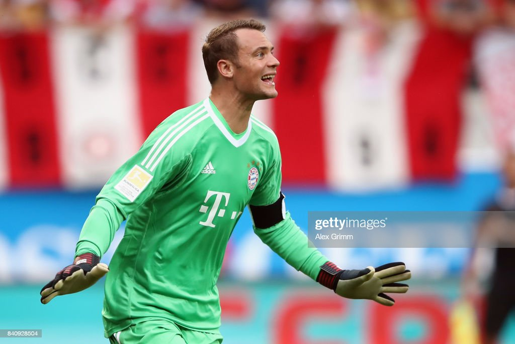Real Madrid 2018-19 --Juventus / Man Utd Updates Goalkeeper-manuel-neuer-of-muenchen-reacts-during-a-friendly-match-picture-id840928504