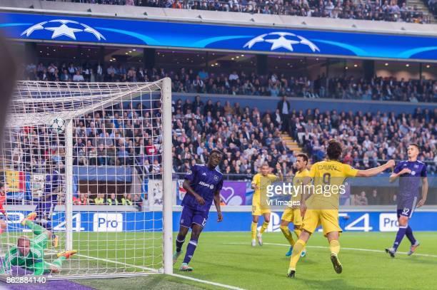 goalkeeper Matz Sels of RSC Anderlecht Dennis Appiah of RSC Anderlecht Kylian Mbappe of Paris SaintGermain Neymar da Silva Santos Junior of Paris...