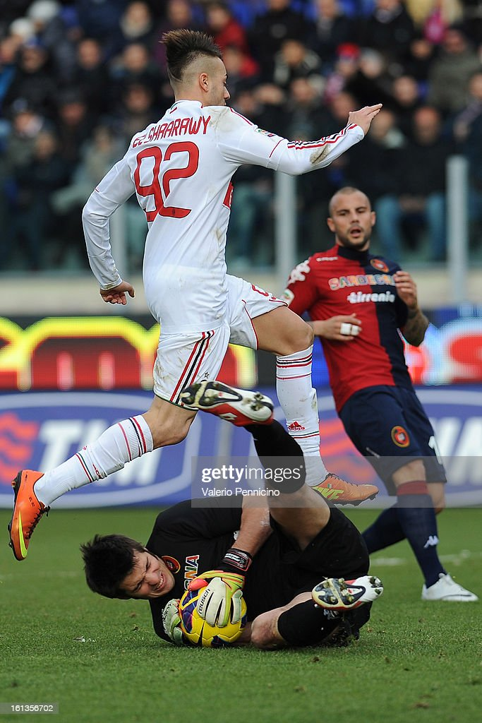 Goalkeeper Michael Agazzi of Cagliari Calcio in action against <a gi-track='captionPersonalityLinkClicked' href=/galleries/search?phrase=Stephan+El+Shaarawy&family=editorial&specificpeople=7181554 ng-click='$event.stopPropagation()'>Stephan El Shaarawy</a> of AC Milan during the Serie A match between Cagliari Calcio and AC Milan at Stadio Is Arenas on February 10, 2013 in Cagliari, Italy.