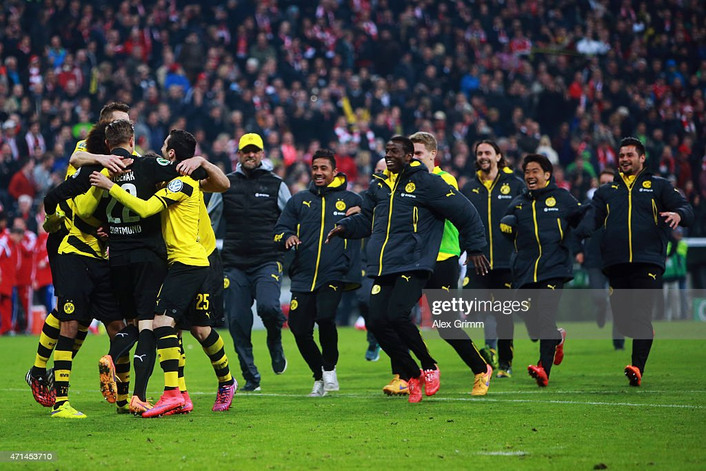 Goalkeeper Mitch Langerak of Dortmund and team mates celebrate after the DFB Cup Semi Final match between FC Bayern Muenchen and Borussia Dortmund at Allianz Arena on April 28, 2015 in Munich, Germany.