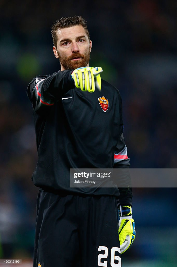Goalkeeper, <a gi-track='captionPersonalityLinkClicked' href=/galleries/search?phrase=Morgan+De+Sanctis&family=editorial&specificpeople=615695 ng-click='$event.stopPropagation()'>Morgan De Sanctis</a> of AS Roma looks on during the UEFA Champions League Group E match between AS Roma and Manchester City FC at Stadio Olimpico on December 10, 2014 in Rome, Italy.