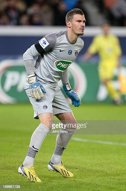 Goalkeeper Nicolas Douchez of PSG in action during the French Cup match between Paris Saint Germain FC and Toulouse FC at the Parc des Princes...