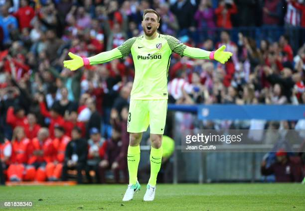 Goalkeeper of Atletico Madrid Jan Oblak celebrates the second goal during the UEFA Champions League Semi Final second leg match between Club Atletico...