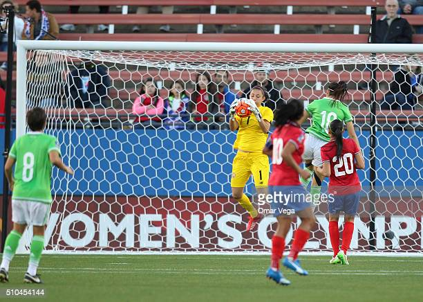 Goalkeeper of Costa Rica Dinnia Diaz makes a save during a match between Mexico and Costa Rica as part of the Women's Olympic Qualifiers at Toyota...
