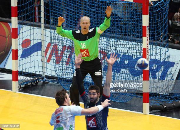 Goalkeeper of France Thierry Omeyer in action during the 25th IHF Men's World Championship 2017 Final between France and Norway at Accorhotels Arena...