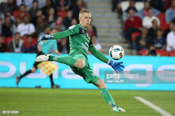 Goalkeeper of Guingamp Jonas Lossl in action during the French Ligue 1 match between Paris SaintGermain and En Avant Guingamp at Parc des Princes on...