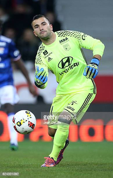 Goalkeeper of Lyon Anthony Lopes in action during the French Ligue 1 match between Lille OSC and Olympique Lyonnais at Stade PierreMauroy on November...