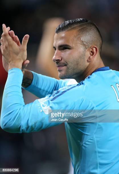 Goalkeeper of Lyon Anthony Lopes thanks the supporters following the French Ligue 1 match between Stade Rennais and Olympique Lyonnais at Roazhon...
