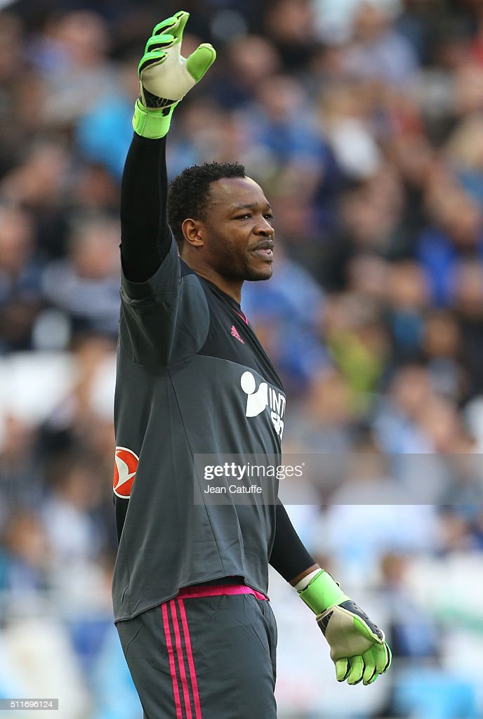 Goalkeeper of OM Steve Mandanda in action during the French Ligue 1 match between Olympique de Marseille and AS SaintEtienne at New Stade Velodrome...