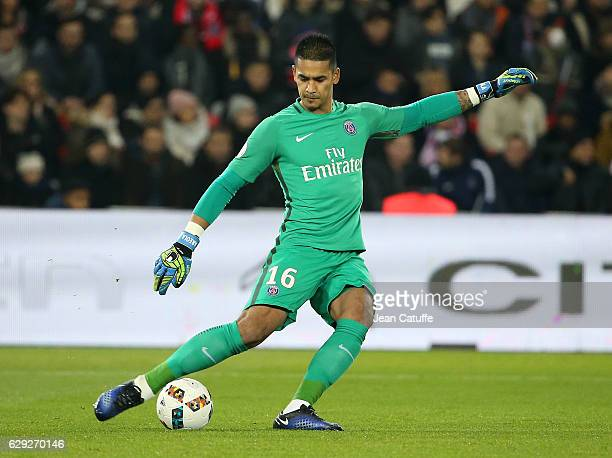 Goalkeeper of PSG Alphonse Areola in action during the French Ligue 1 match between Paris Saint Germain and OGC Nice at Parc des Princes stadium on...