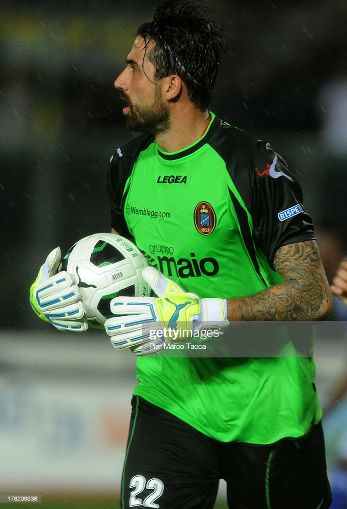 Goalkeeper of Virtus Lanciano Angelo Casadei in action during the Serie B match between Brescia Calcio and Virtus Lanciano at Mario Rigamonti Stadium on August 24, 2013 in Brescia, Italy.