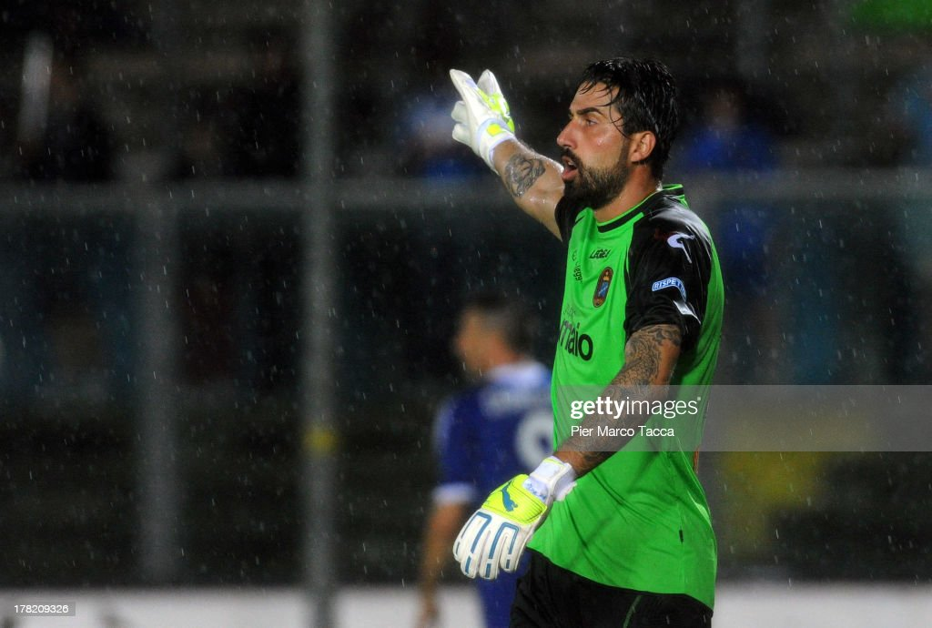 Goalkeeper of Virtus Lanciano Angelo Casadei signals during the Serie B match between Brescia Calcio and Virtus Lanciano at Mario Rigamonti Stadium on August 24, 2013 in Brescia, Italy.