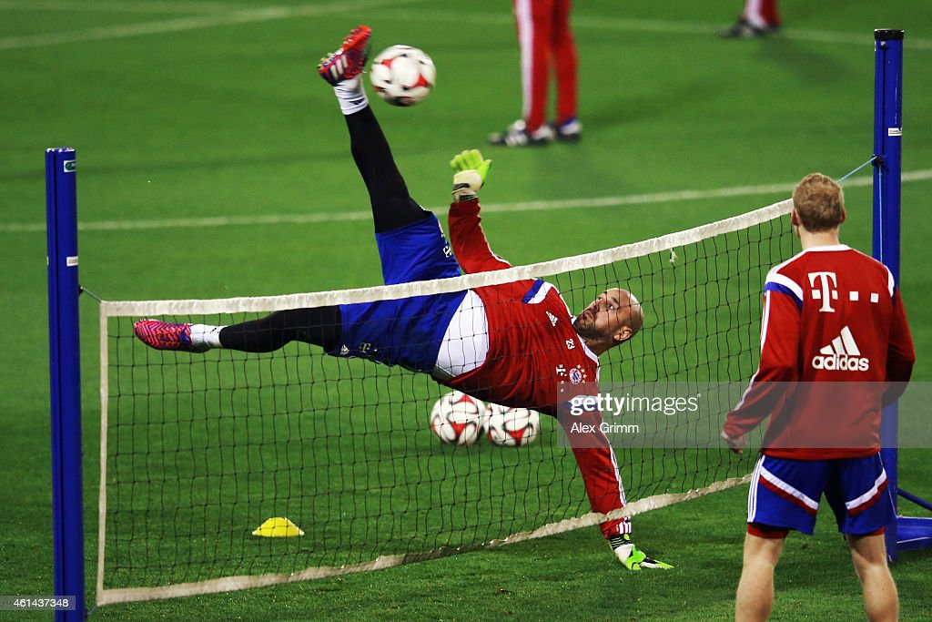 Goalkeeper Pepe Reina tries a bicycle kick during day 4 of the Bayern Muenchen training camp at ASPIRE Academy for Sports Excellence on January 12, 2015 in Doha, Qatar.