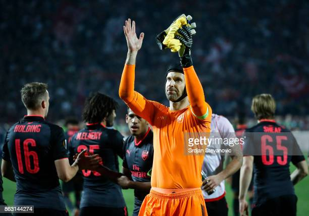 Goalkeeper Petr Cech of Arsenal greets the supporters after the UEFA Europa League group H match between Crvena Zvezda and Arsenal FC at Rajko Mitic...