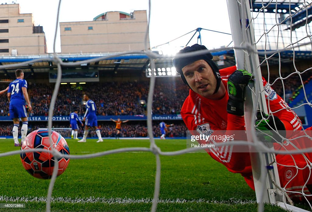Goalkeeper <a gi-track='captionPersonalityLinkClicked' href=/galleries/search?phrase=Petr+Cech&family=editorial&specificpeople=212890 ng-click='$event.stopPropagation()'>Petr Cech</a> of Chelsea looks on after being beaten by the shot from Jonathan Stead of Bradford City during the FA Cup Fourth Round match between Chelsea and Bradford City at Stamford Bridge on January 24, 2015 in London, England.