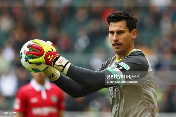 Goalkeeper Philipp Tschauner of Hannover 96 in action during the Bundesliga match between Borussia Moenchengladbach and Hannover 96 at BorussiaPark...