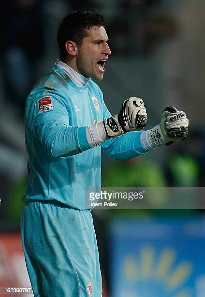 Goalkeeper Philipp Tschauner of St Pauli celebrates during the Second Bundesliga match between 1 FC St Pauli and FSV Frankfurt 1899 at Millerntor...