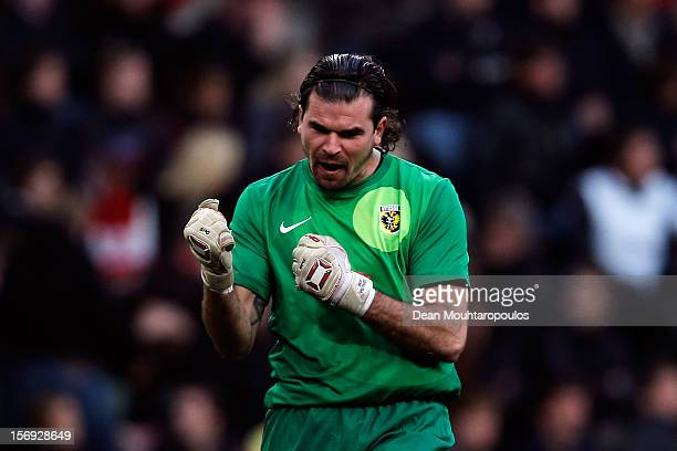 Goalkeeper Piet Velthuizen of Vitesse celebrates victory a goal during the Eredivisie match between PSV Eindhoven and Vitesse Arnhem at Philips...