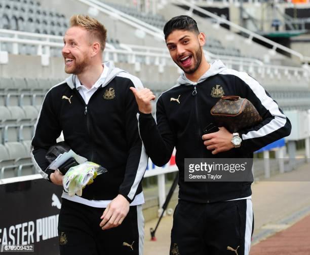 Goalkeeper Rob Elliot and Achraf Lazaar of Newcastle United arrive during the Sky Bet Championship Match between Newcastle United and Barnsley at...