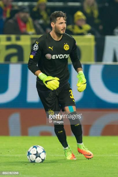 Goalkeeper Roman Buerki of Borussia Dortmund controls the ball during the UEFA Champions League Round of 16 Second Leg match between Borussia...