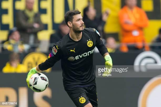 Goalkeeper Roman Buerki of Dortmund controls the ball during the Bundesliga match between Borussia Dortmund and Bayer 04 Leverkusen at Signal Iduna...