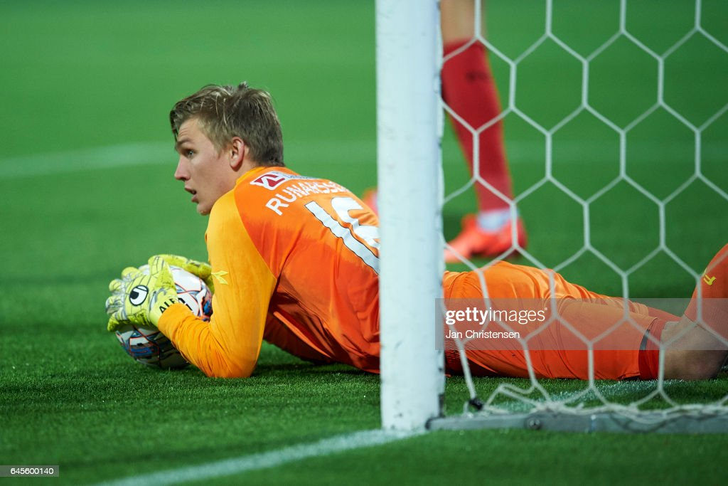 Goalkeeper Runar Alex Runarsson of FC Nordsjalland in action during the Danish Alka Superliga match between FC Nordsjalland and FC Copenhagen at Right to Dream Park on February 26, 2017 in Farum, Denmark.