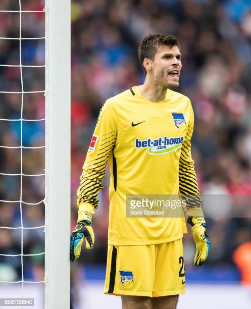 Goalkeeper Rune Jarstein of Hertha BSC reacts during the Bundesliga match between Hertha BSC and FC Bayern Muenchen at Olympiastadion on October 1...