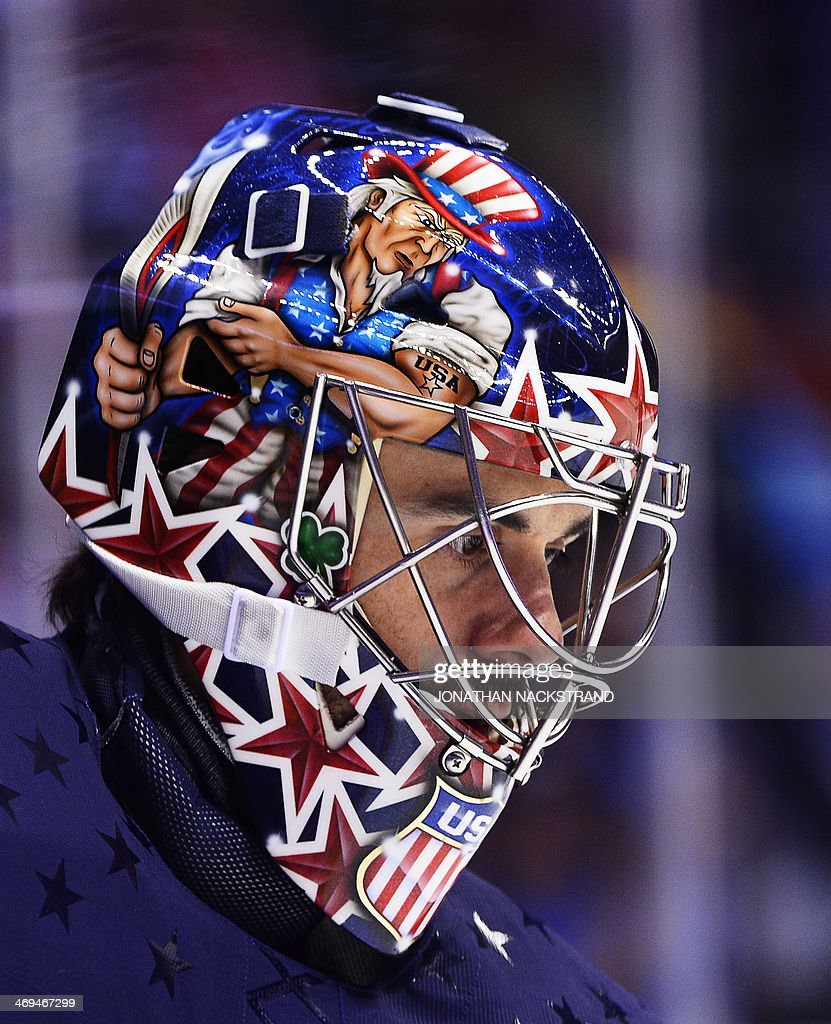 US goalkeeper Ryan Miller warms up prior the Men's Ice Hockey Group A match USA vs Russia at the Bolshoy Ice Dome during the Sochi Winter Olympics on February 15, 2014 in Sochi. AFP PHOTO / JONATHAN NACKSTRAND