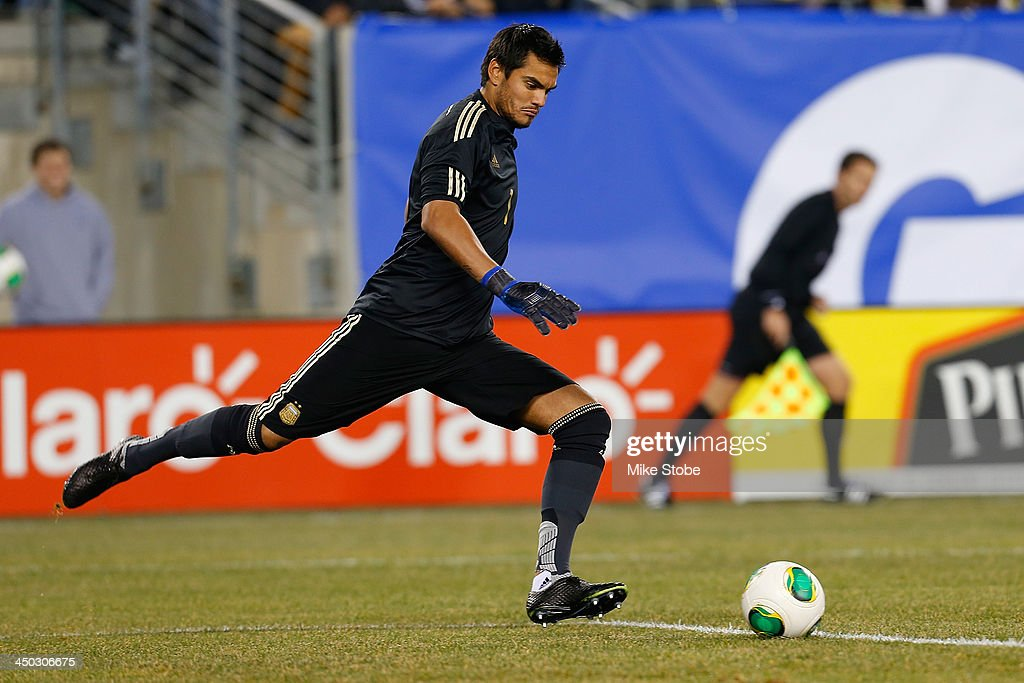 goalkeeper <a gi-track='captionPersonalityLinkClicked' href=/galleries/search?phrase=Sergio+Romero&family=editorial&specificpeople=4100804 ng-click='$event.stopPropagation()'>Sergio Romero</a> #1 of Argentina in action against Ecuador at MetLife Stadium on November 15, 2013 in East Rutherford, New Jersey. Ecuador play to Argentina 0-0 tie