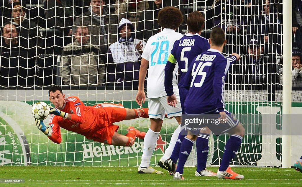 Goalkeeper Silvio Proto of RSC Anderlecht in action during the UEFA Champions League Group C match between RSC Anderlecht and FC Zenit St Petersburg at the Constant Vanden Stock Stadium on November 6, 2012 in Brussels, Belgium.