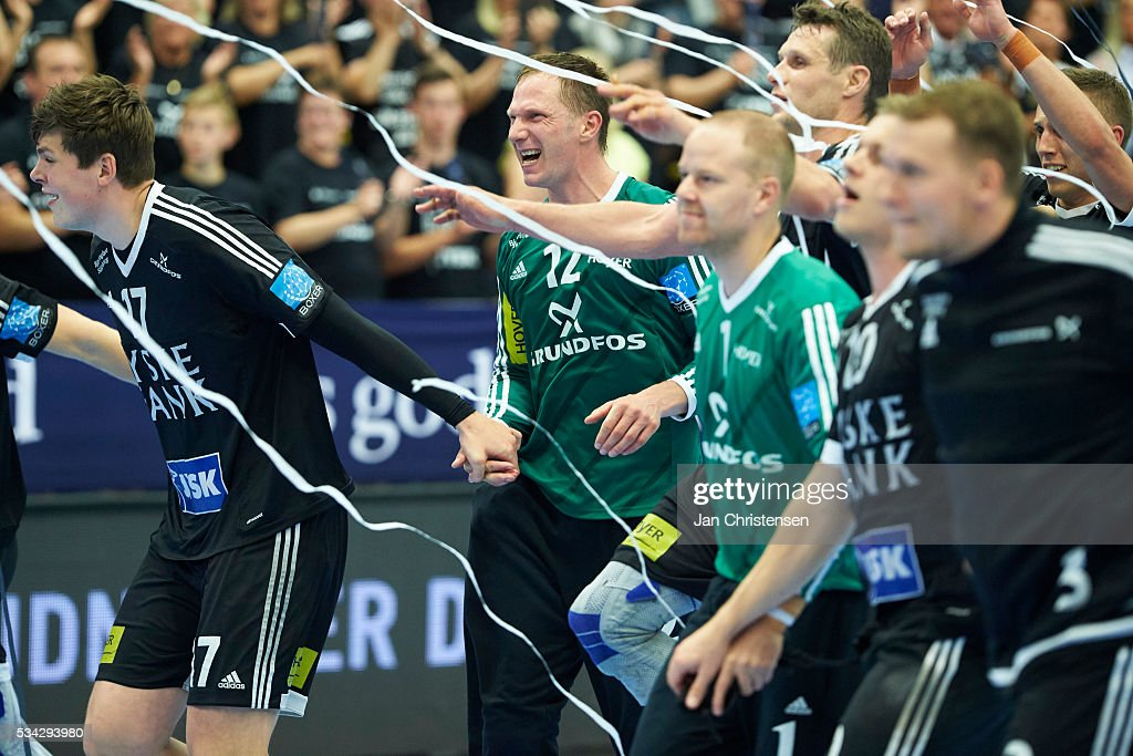 Goalkeeper Soren Rasmussen of BSV Bjerringbro-Silkeborg and teammates celebrate after the Danish Boxer Herreligaen first final match between BSV Bjerringbro Silkeborg and Team Tvis Holstebro in Jysk Arena on May 25, 2016 in Silkeborg, Denmark.