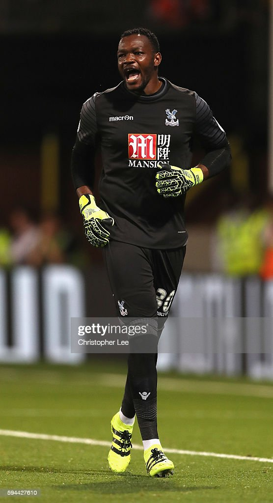 Goalkeeper Steve Mandanda of Crystal Palace in action during the EFL Cup Second Round match between Crystal Palace and Blackpool at Selhurst Park on...