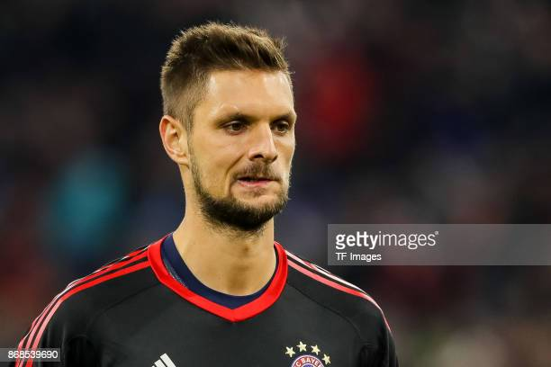 Goalkeeper Sven Ulreich of Muenchen looks on during the Bundesliga match between FC Bayern Muenchen and RB Leipzig at Allianz Arena on October 28...