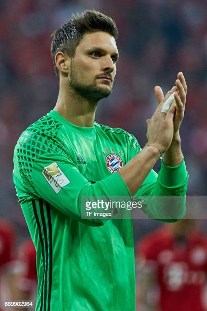 Goalkeeper Sven Ulreich of Munich looks on during the Bundesliga match between Bayern Muenchen and Borussia Dortmund at Allianz Arena on April 8 2017...