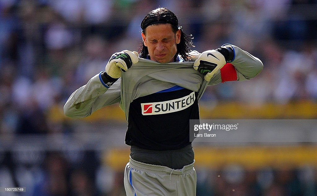 Goalkeeper <a gi-track='captionPersonalityLinkClicked' href=/galleries/search?phrase=Tim+Wiese&family=editorial&specificpeople=635015 ng-click='$event.stopPropagation()'>Tim Wiese</a> of Hoffenheim reacts during the Bundesliga match between VfL Borussia Moenchengladbach and TSG 1899 Hoffenheim at Borussia Park Stadium on August 25, 2012 in Moenchengladbach, Germany.