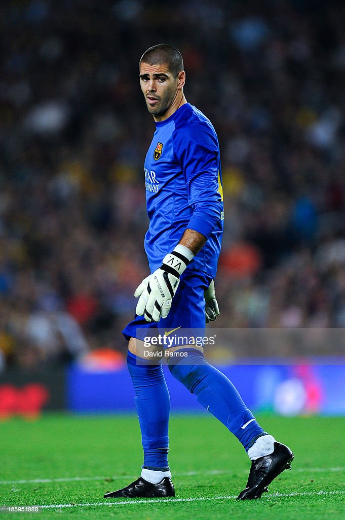 Goalkeeper Victor Valdes of FC Barcelona looks on during the La Liga match between FC Barcelona and Real Madrid CF at Camp Nou on October 26, 2013 in Barcelona, Spain.