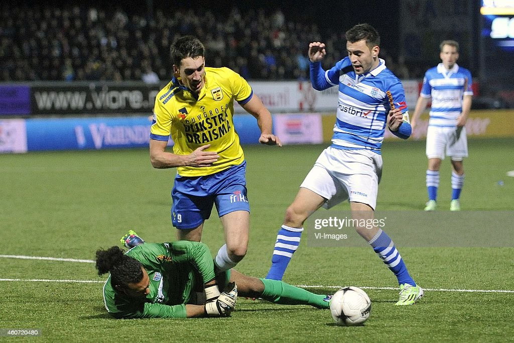 goalkeeper Warner Hahn Martijn Barto Bram van Polen during the Dutch Eredivisie match between SC Cambuur Leeuwarden and PEC Zwolle at the Cambuur...