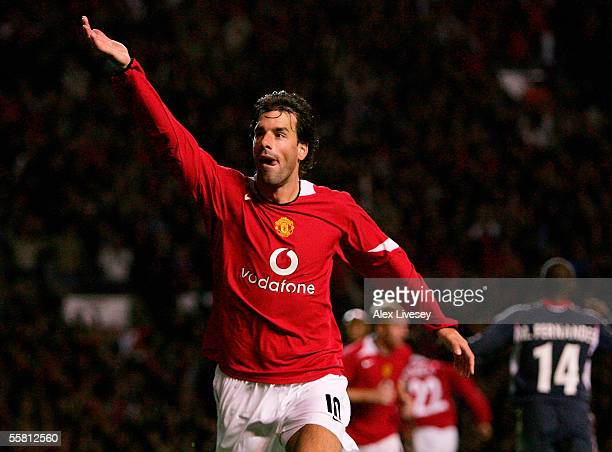 Goalscorer Ruud van Nistelrooy of Manchester United celebrates during the UEFA Champions League Group D match between Manchester United and Benfica...