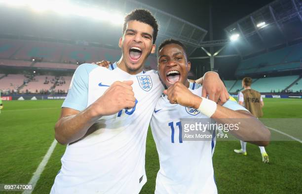 Goalscorers Dominic Solanke and Ademola Lookman of England celebrate at the final whistle during the FIFA U20 World Cup Korea Republic 2017 Semi...