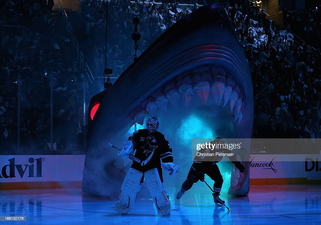 Goaltender Antti Niemi #31 and Joe Thornton #19 of the San Jose Sharks skate out onto the ice before Game Three of the Western Conference Quarterfinals against the Vancouver Canucks during the 2013 NHL Stanley Cup Playoffs at HP Pavilion on May 5, 2013 in San Jose, California.