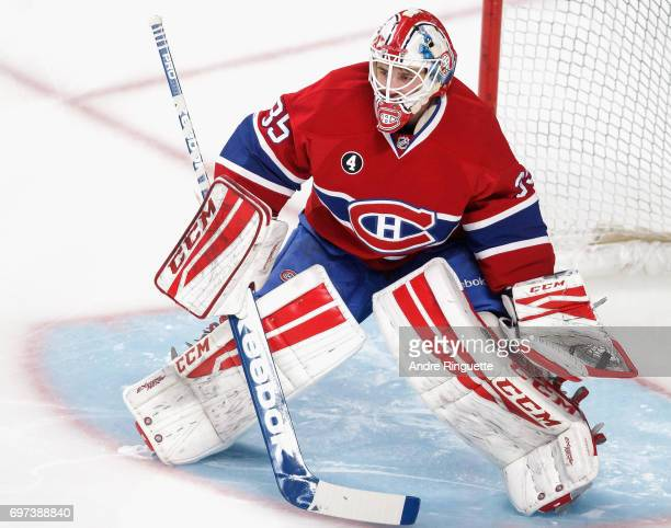 Goaltender Dustin Tokarski of the Montreal Canadiens plays in the game against the Los Angeles Kings at the Bell Centre on December 12 2014 in...