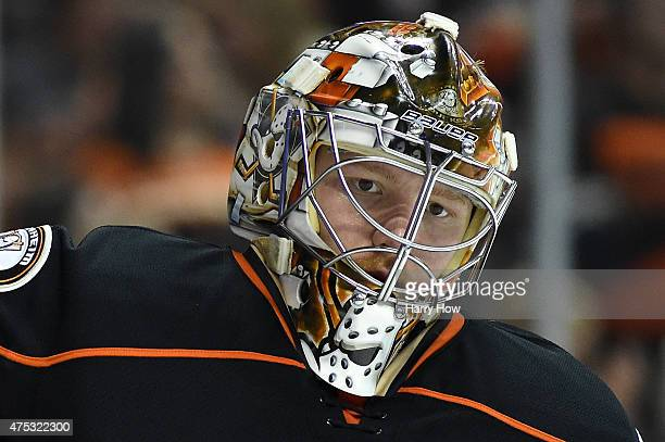 Goaltender Frederik Andersen of the Anaheim Ducks reacts after allowing a second period goal to Marian Hossa of the Chicago Blackhawks in Game Seven...