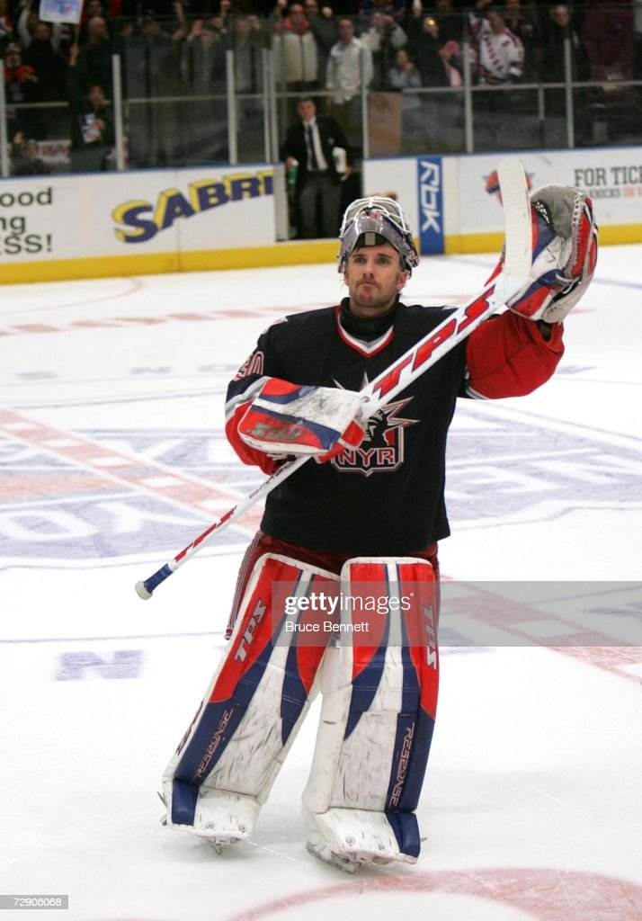 goaltender-henrik-lundqvist-of-the-new-y