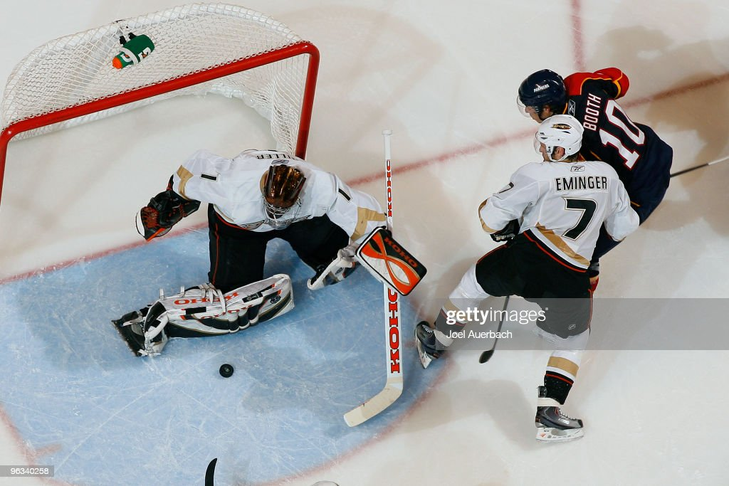 Anaheim Ducks v Florida Panthers