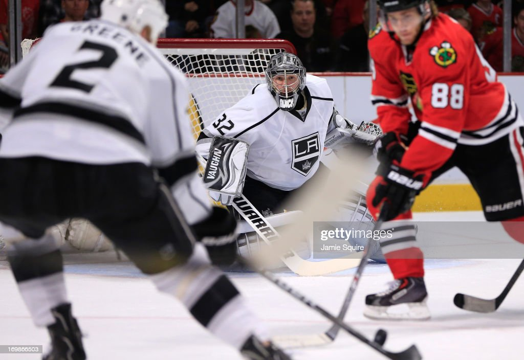 Goaltender <a gi-track='captionPersonalityLinkClicked' href=/galleries/search?phrase=Jonathan+Quick&family=editorial&specificpeople=2271852 ng-click='$event.stopPropagation()'>Jonathan Quick</a> #32 of the Los Angeles Kings follows the play in the middle slot area in the first period of Game Two of the Western Conference Final against the Chicago Blackhawks during the 2013 NHL Stanley Cup Playoffs at United Center on June 2, 2013 in Chicago, Illinois. The Blackhawks defeated the Kings 4-2.