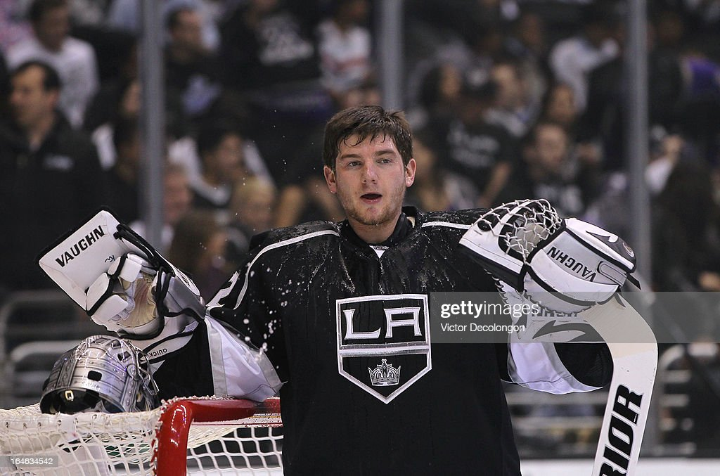Goaltender <a gi-track='captionPersonalityLinkClicked' href=/galleries/search?phrase=Jonathan+Quick&family=editorial&specificpeople=2271852 ng-click='$event.stopPropagation()'>Jonathan Quick</a> #32 of the Los Angeles Kings looks on after drinking before the NHL game against the Dallas Stars at Staples Center on March 21, 2013 in Los Angeles, California. The Stars defeated the Kings 2-0.